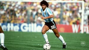 Read more about the article ETERNAL DIEGO: A 10-PHOTO TRIBUTE TO THE BEST '10' OF ALL TIME